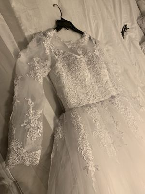 Wedding Dress - New Never Used (Size 10-14) adjustable) for Sale in Martinez, CA