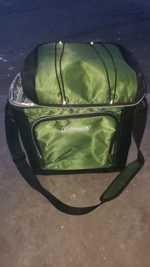 Coleman cooler 30 can for Sale in Denver, CO