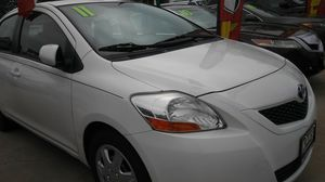 2011 Toyota yaris for Sale in Chicago, IL