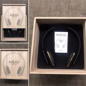 AHead Wireless Headphones (Original Price $175) for Sale in Pico Rivera, CA