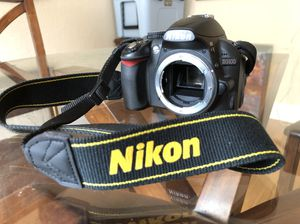 Nikon D3100 for Sale in Tampa, FL