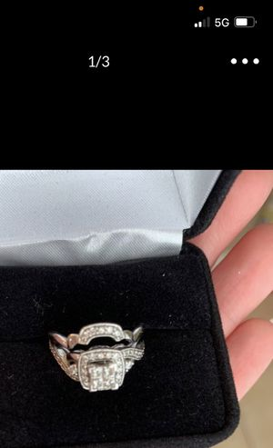 Engagement and wedding band set for Sale in Orlando, FL