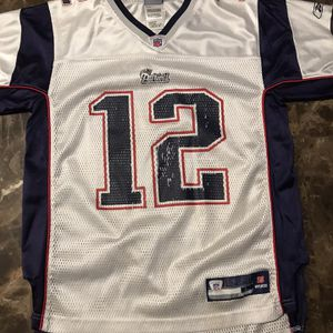 NFL New England Patriots Tom Brady #12 Jersey Youth Size L (14-16) White for Sale in IL, US