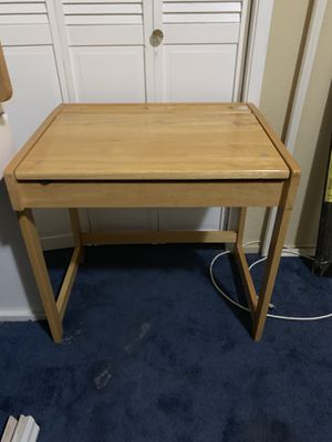 Child's Desk with Top that Opens for Sale in Los Gatos, CA