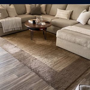 Pottery Barn Rug for Sale in Los Angeles, CA