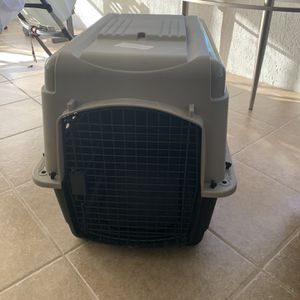 Large Dog Cage 40L x 27W x 30H for Sale in Poinciana, FL