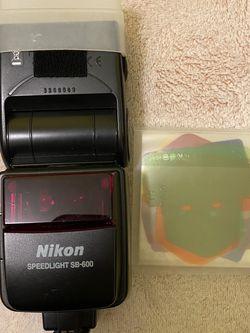 Nikon Speedlighth SB600 for Sale in Los Angeles,  CA