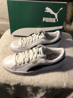 Puma Basket Classics size 7.5 for Sale in Los Angeles, CA