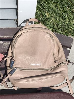 Pink Michael Kors Backpack for Sale in Huntington Park, CA
