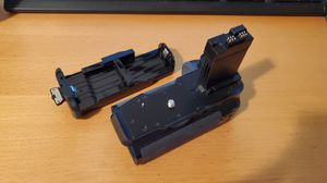Battery Grip for Canon 550D, 600D, 650D, T2i, T3i, and T4i for Sale in Rosemead, CA