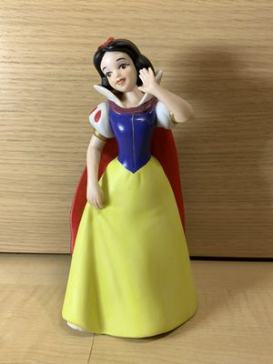 Disney Snow White Ceramic Porcelain Figurine Matte Figure for Sale in Los Angeles, CA