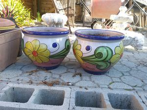 Pair of flower pots for Sale in Palm Harbor, FL