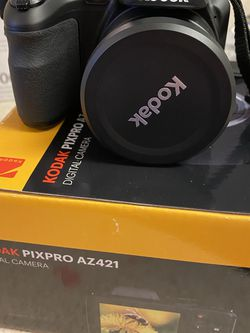 Brand new Kodak pixpro Az421 for Sale in Palmyra,  NY