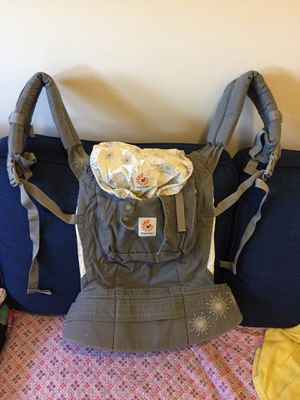 Ergo baby carrier for Sale in New York, NY