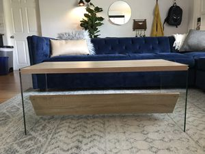 Coffee Table for Sale in New Port Richey, FL