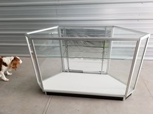 Glass display case for Sale in Owatonna, MN