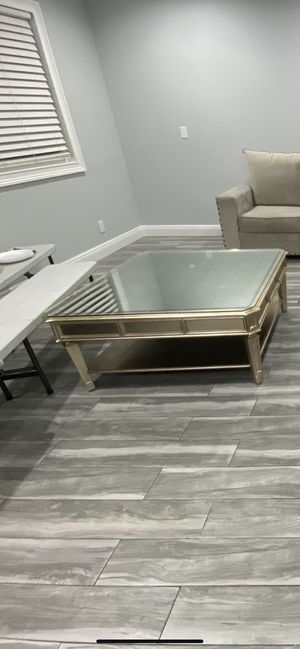 Z Galleries Regal Coffee Table for Sale in Los Angeles, CA