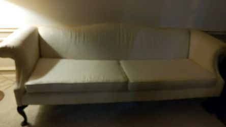 Antique Couch for Sale in Byrnes Mill,  MO