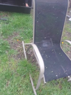 Outside/Indoor Rocking Chair $ 25.00 cash only ( serious buyers) for Sale in Dallas, TX