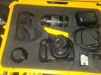 Canon 6D With Apache Rugged Box, Lenses,battery Grid for Sale in Lawrenceville,  GA