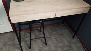 Desk. Wood top metal base for Sale in San Diego, CA