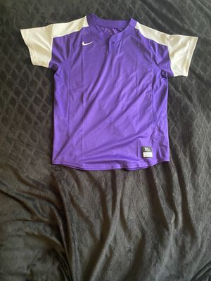 Nike baseball tee (never worn) for Sale in Port St. Lucie, FL
