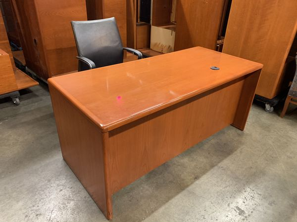 Top executive high end quality cherry desks