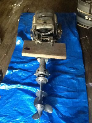 Old 54-56 evinrude motor for Sale in Charlotte, NC