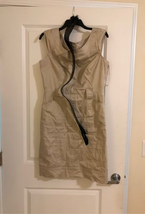 White House Black Market Tan Dress with Black Belt for Sale in Raleigh, NC