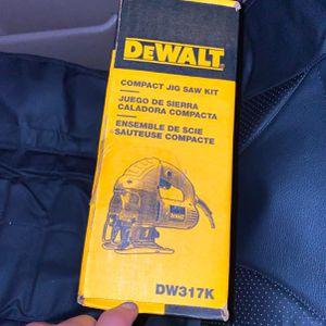 Dewalt Jigsaw Starter Kit for Sale in Fife, WA