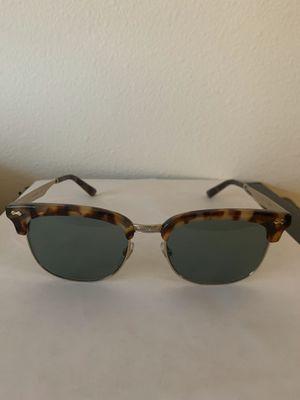 Authentic gucci gg0051s sunglasses for Sale in Seattle, WA