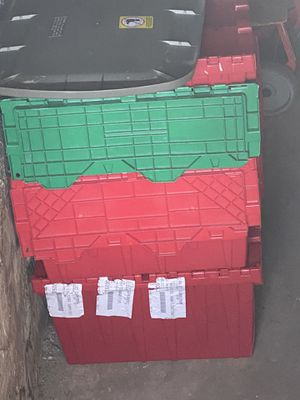 5 plastic totes for Sale in Rochester, NY