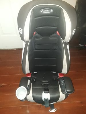 Booster seat -WILL DELIVER for Sale in Las Vegas, NV