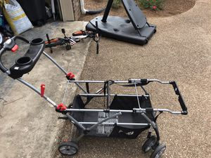 Twins car seat stroller for Sale in Brandon, MS