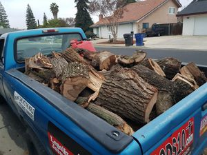 Truckload dry Oakwood for Sale in Sanger, CA
