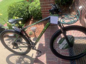 Men's Schwinn 29 inch mountain bike- new for Sale in McKinney, TX