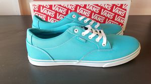 New womens shoes VANS Winston Low blue/white size 9 for Sale in Clovis, CA