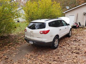 PARTS 2010 CHEVY TRAVERSE LT PARTS for Sale in Morgantown, IN