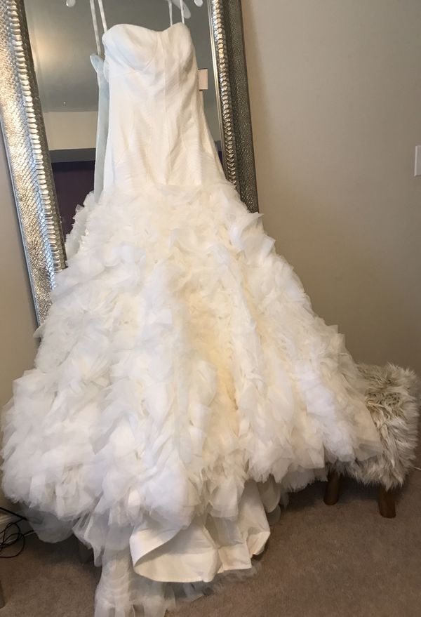 Brand New Zac Posen Wedding Gown on SALE!!!!!!