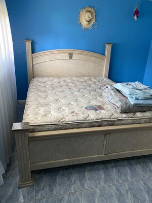 California king bed frame, mattresses, and bedroom set for Sale in Hilmar, CA