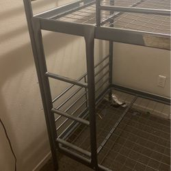 Twin Bunk bed for Sale in Oakland,  CA