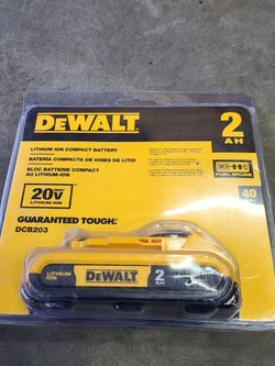 Dewalt 20v Shallow Battery for Sale in Marysville,  WA