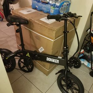 Dohiker electric bicycle,,, the best 14 inch ebike on the market for 600 for Sale in Biscayne Park, FL