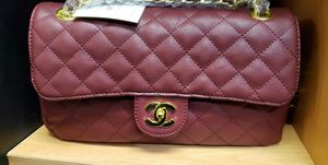 Burgundy quilted handbag for Sale in Houston, TX