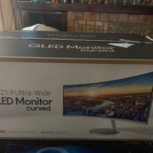 "Samsung Cj79 34"" Qled Monitor Curved for Sale in Chicago, IL"