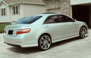 2007 Toyota Camry SE All leather interior for Sale in Denver, CO