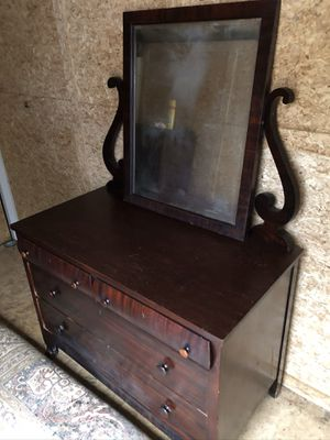 Antique Dressers for Sale in Saucier, MS