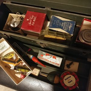 Vintage fishing box with reels and tackle for Sale in Youngtown, AZ