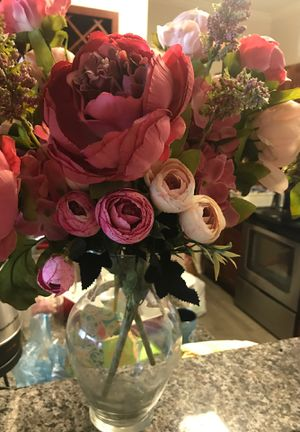 Flowers with a glass vase for Sale in Malden, MA