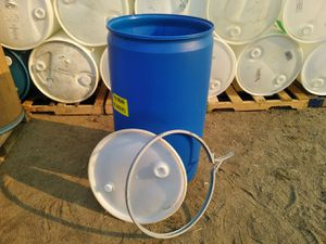 55 gal barrels with lid and ring food grade for Sale in Perris, CA